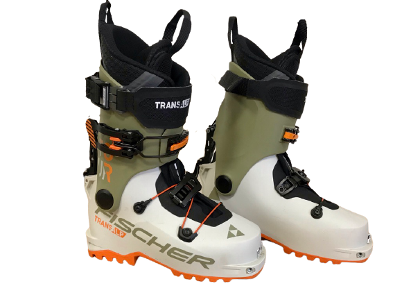 The Transalp is a standard two-buckle design with a robust cuff strap. It includes an external ski/walk mech, traditional buckles and easy to customize plastic.